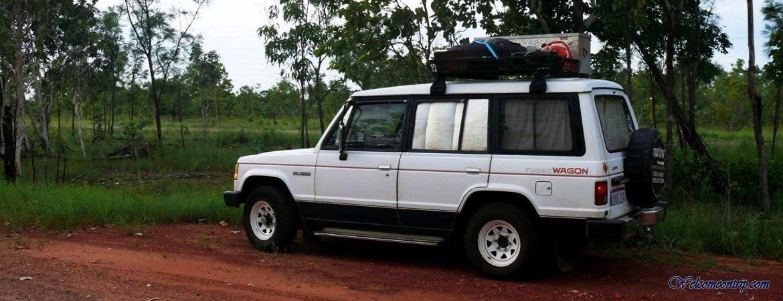 4x4 Campervan - Australia : Ralph in the Bush
